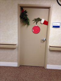 Grinch door decorating | Grinch Christmas Party 2014 ...