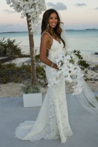 25+ best ideas about Beach Wedding Outfits on Pinterest ...