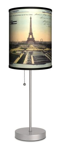 25+ best ideas about Eiffel Tower Lamp on Pinterest ...