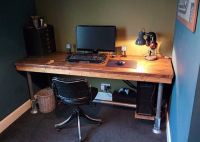 Gaming desk, Scaffold boards and Rustic industrial on ...