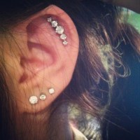 1000+ images about Cartilage Piercings on Pinterest ...