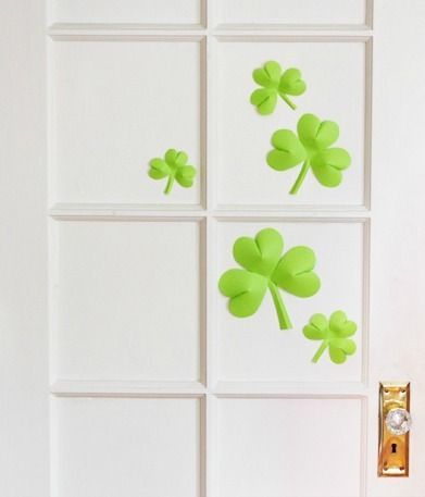Easy 3D Shamrocks Free printable, Craft and Cards - shamrock template