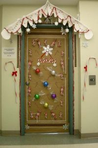 decorating door for christmas | ... of Engineering holiday ...