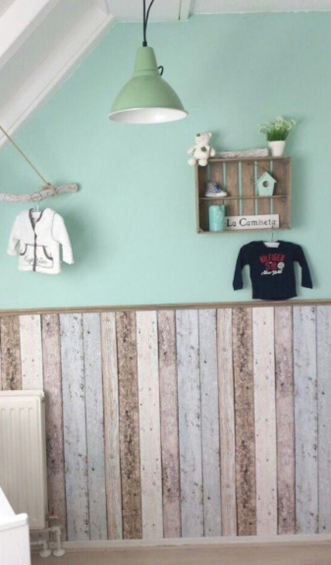 Slaapkamer Ideeen Mint Sloophout Behang Lambrisering | Boys Room | Pinterest
