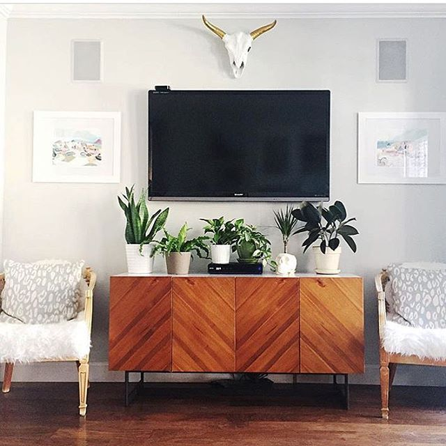 18 Chic and Modern TV Wall Mount Ideas for Living Room Decor - tv in living room