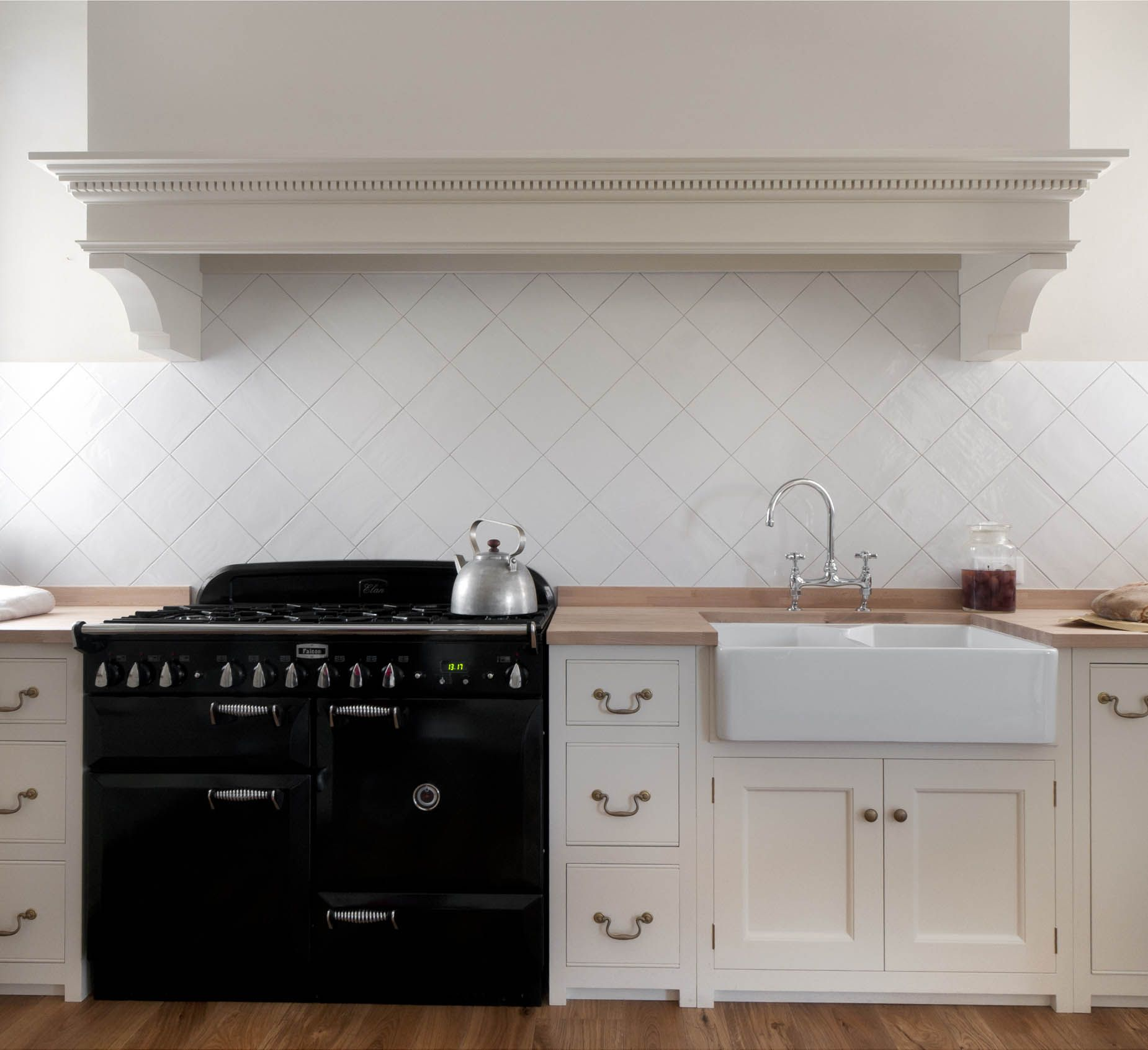 Isola Cucina In Inglese Free Monticello Kitchen By Homewood Bespoke La Classica