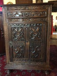 Ancien meuble d'appui richement sculpt est en vente sur ...