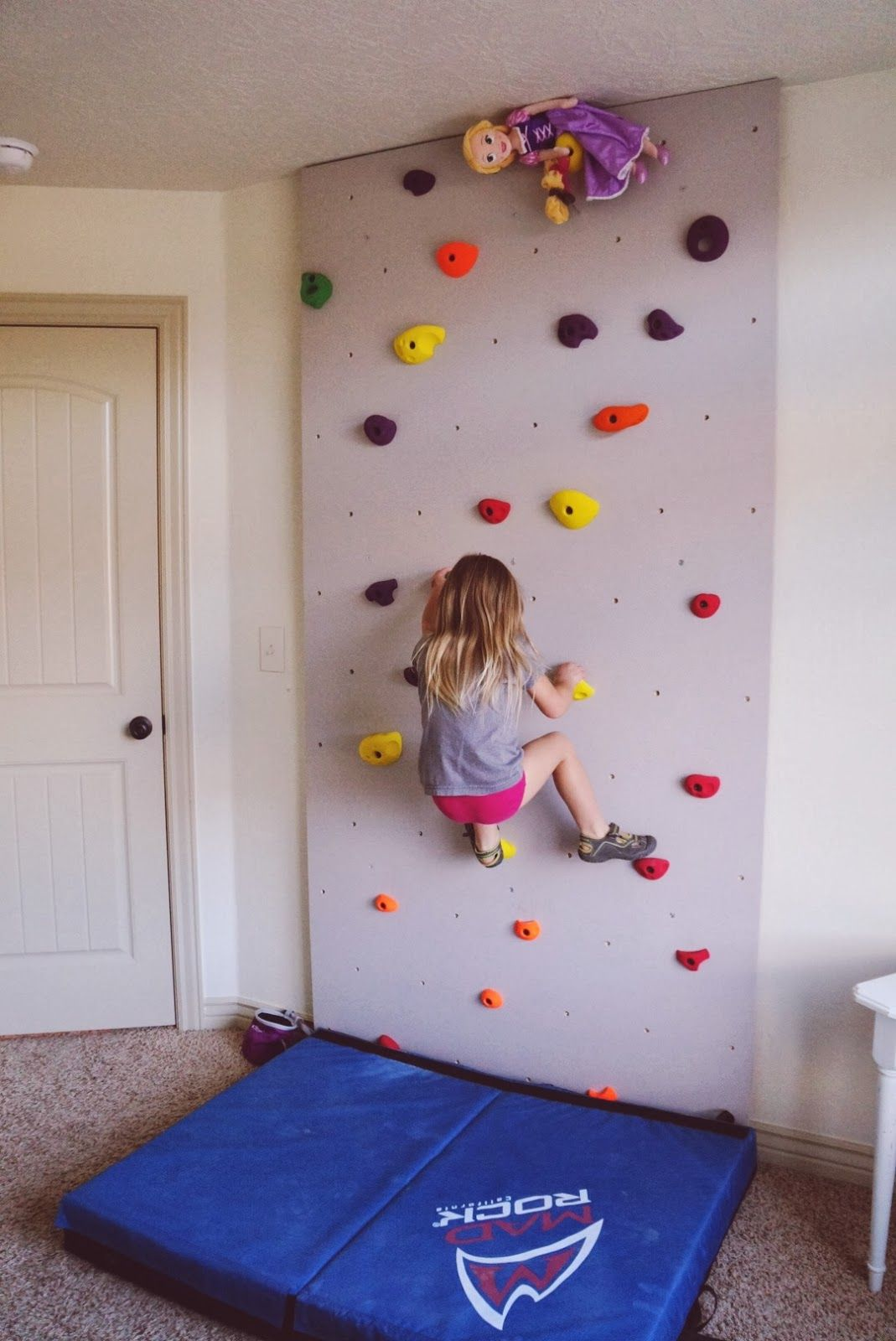 Walls For Kids Rock Wall For Kids Play Room How Fun What A Great Way To