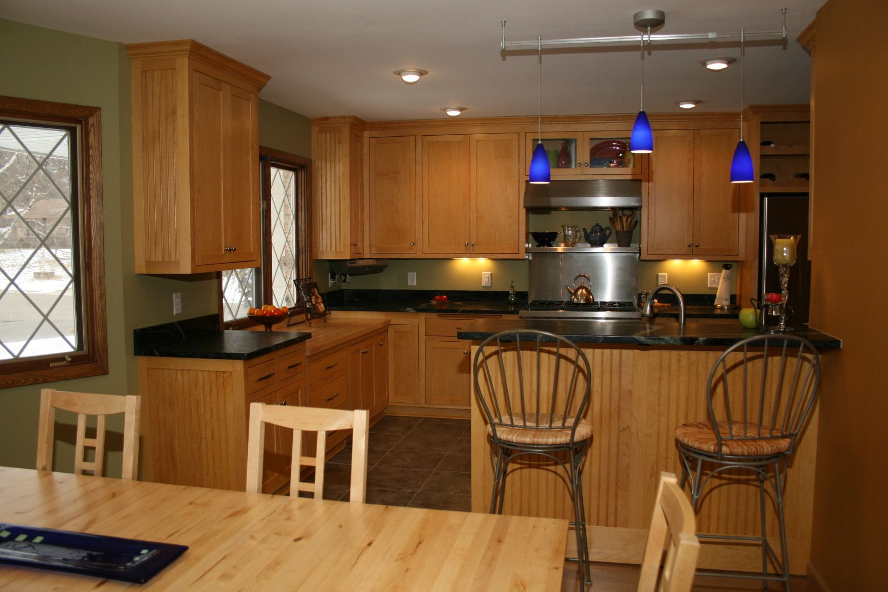 Maple Kitchen Cabinets With Marble Countertops Maple Cabinets And Soapstone Countertops Kitchen