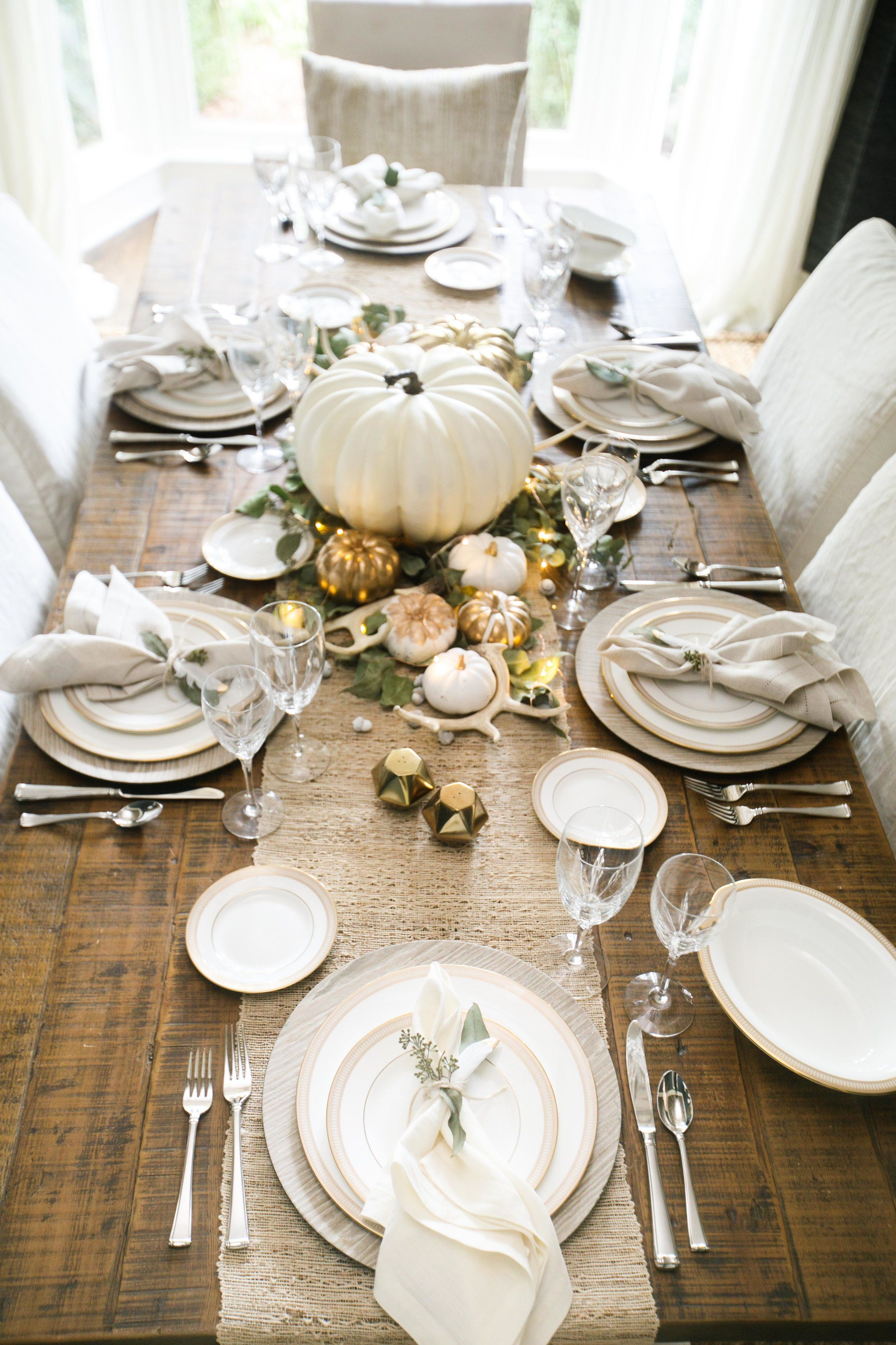 Table Decor And More Chic Thanksgiving Table Thanksgiving Budgeting And Create