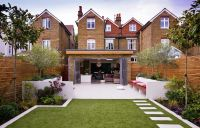 Design Of House With Garden - Front Design