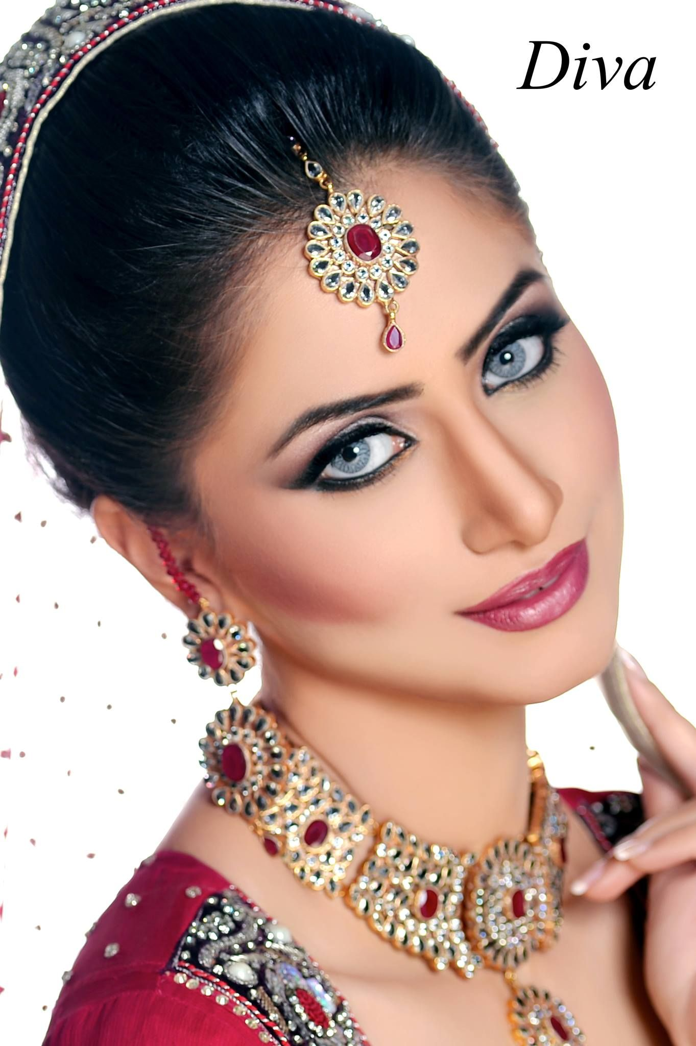 Bridal Makeup Salon Makeup By Diva Beauty Salon Model Bridal Makeup