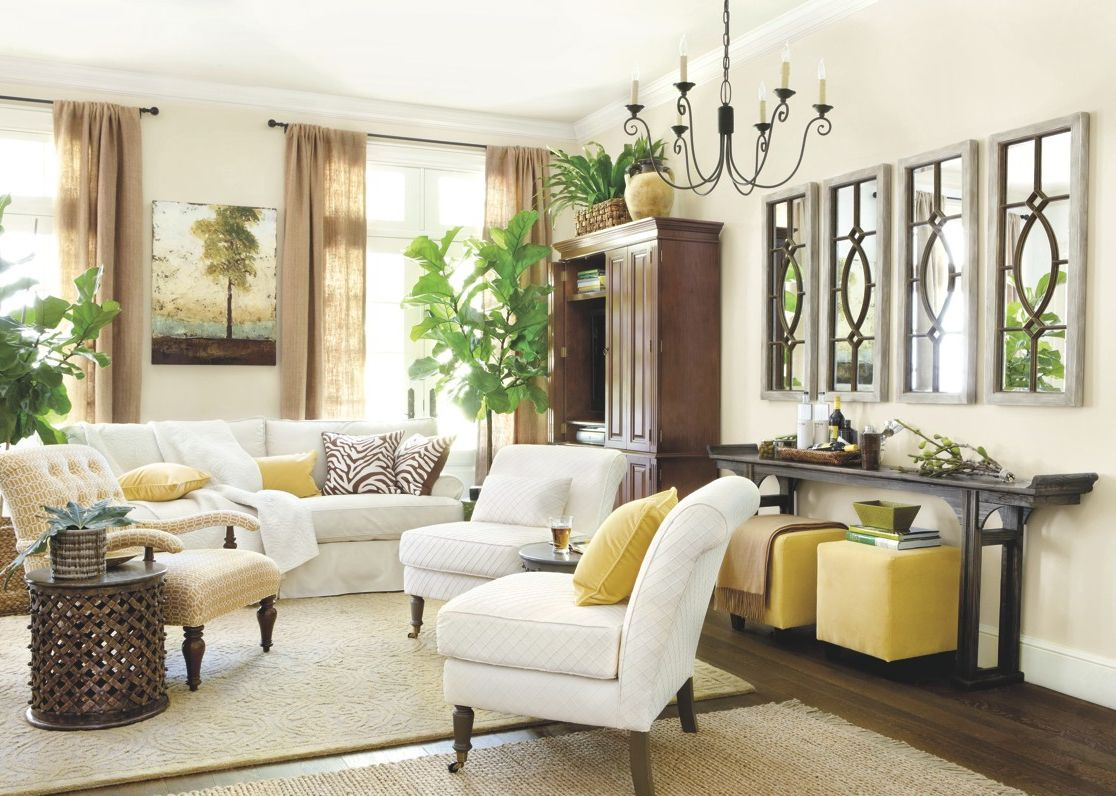 Tall ceilings large wall space