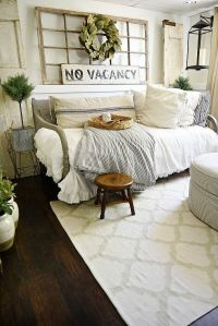Best 25+ Farmhouse daybeds ideas on Pinterest | Rustic ...
