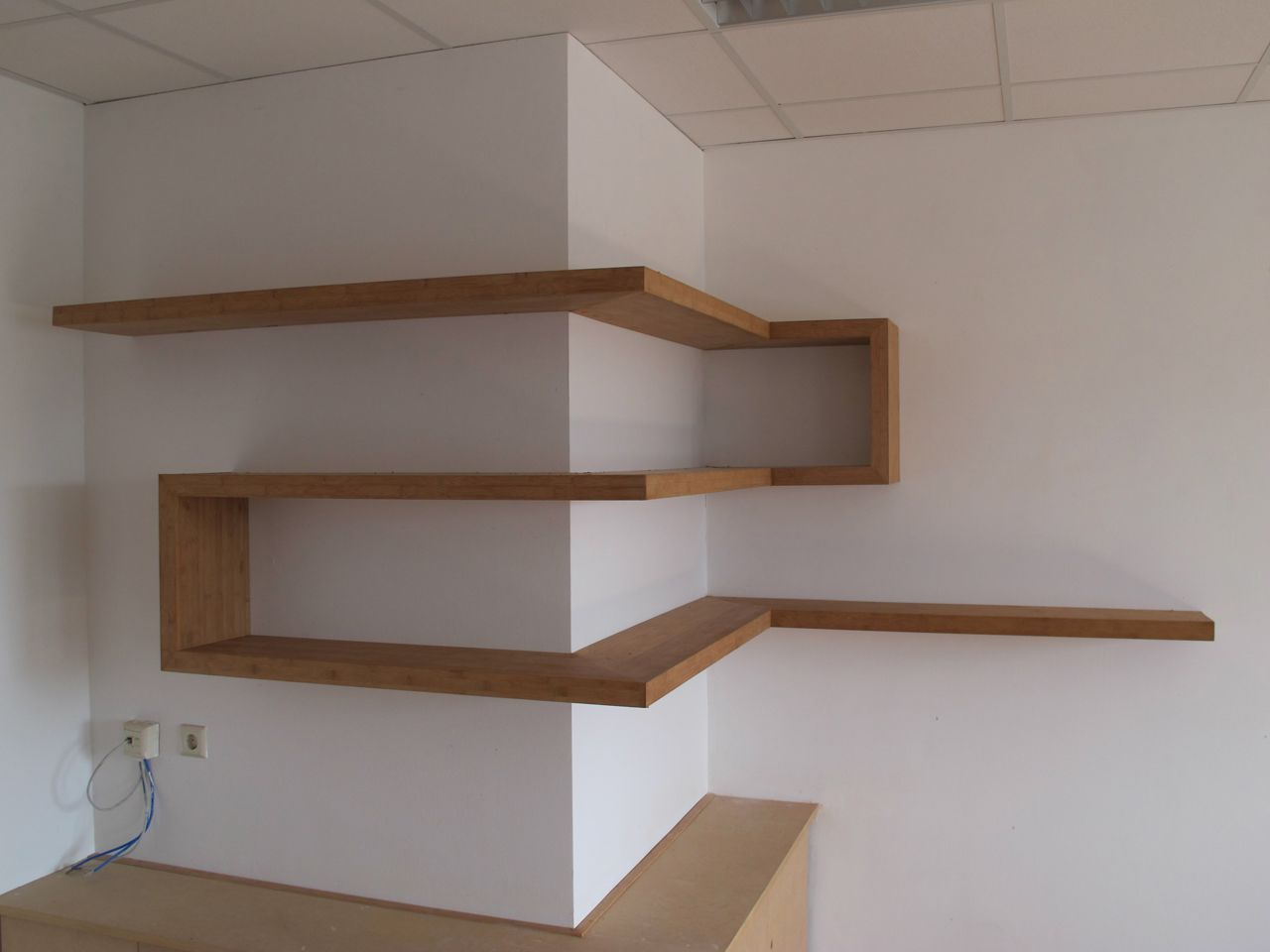 Shelves On The Wall Great Use Of Corners Wood Tech Project Pinterest