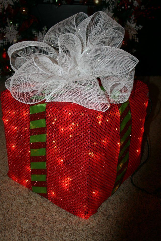How to Make a Lighted Christmas Box Decoration Christmas boxes - lighted christmas yard decorations