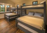 Twin Loft over King over Queen bunk bed that sleeps 5-10 ...