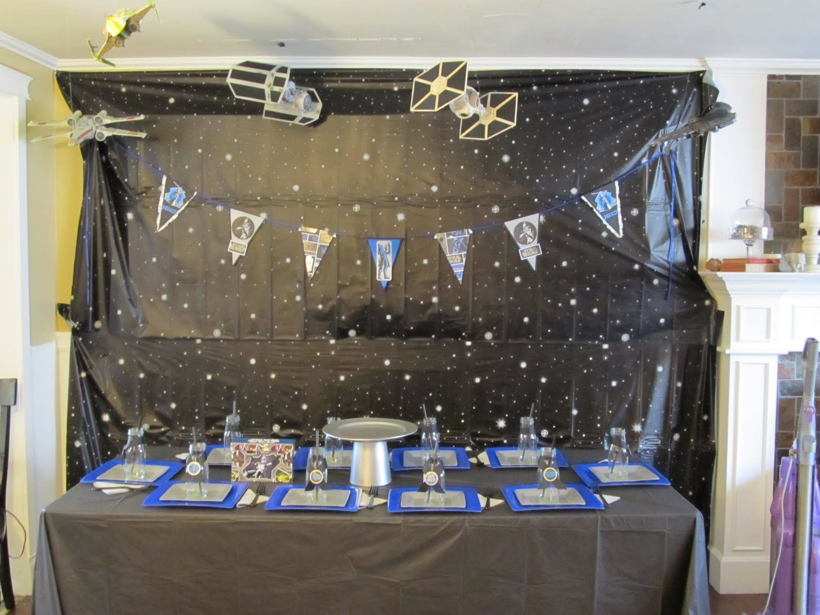 Star Wars Decorations Ideas Star Wars Table Decorations Star Wars Birthday Bash