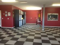 Paint garage walls, checker floor | l like | Pinterest ...