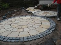 stone circle paving - Google Search | garden ideas ...