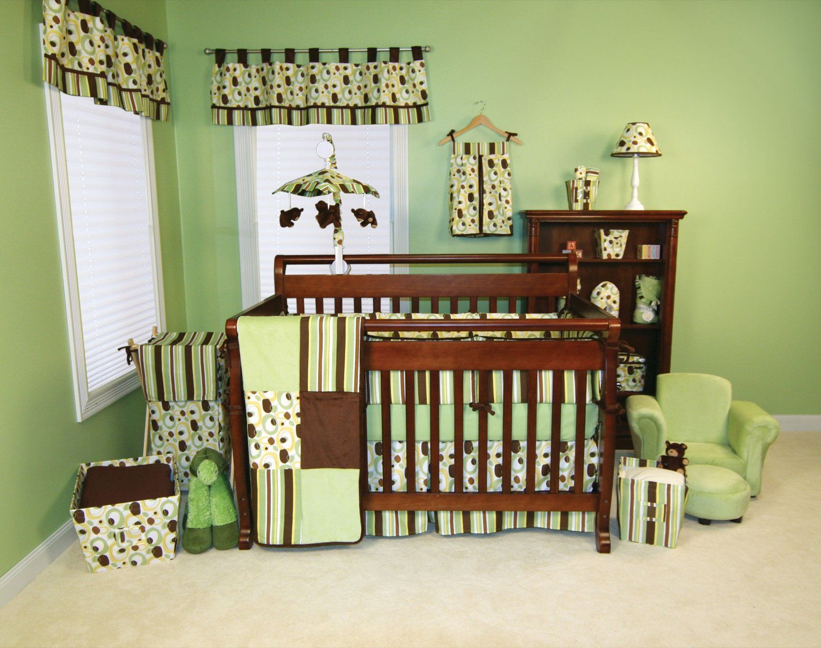 Themes for baby nurserys green theme baby room decor for your baby nursery ideas 1600x1262