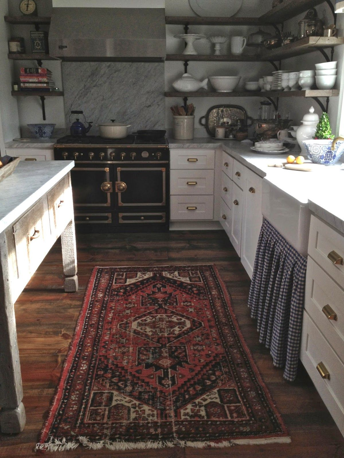 Rustic Farmhouse Area Rugs Looks Like A French Kitchen Classic Stove Marble Counter