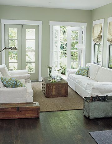 10 Ways to Decorate with White