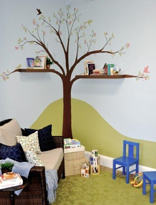 tafel bunt bücherregale baum Kinderzimmer streichen wandgestaltung - idee kinderzimmer streichen