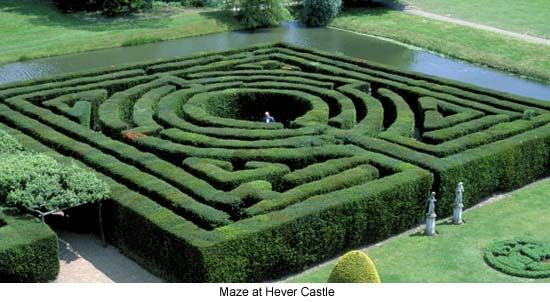 Labyrinth Maze The Maze at Hever Castle (the childhood home of - labyrinth garden design
