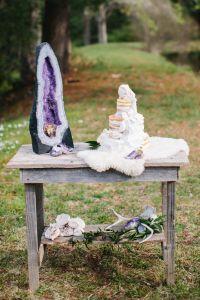 Geode wedding decor, crystal wedding cake. Geodes are just ...
