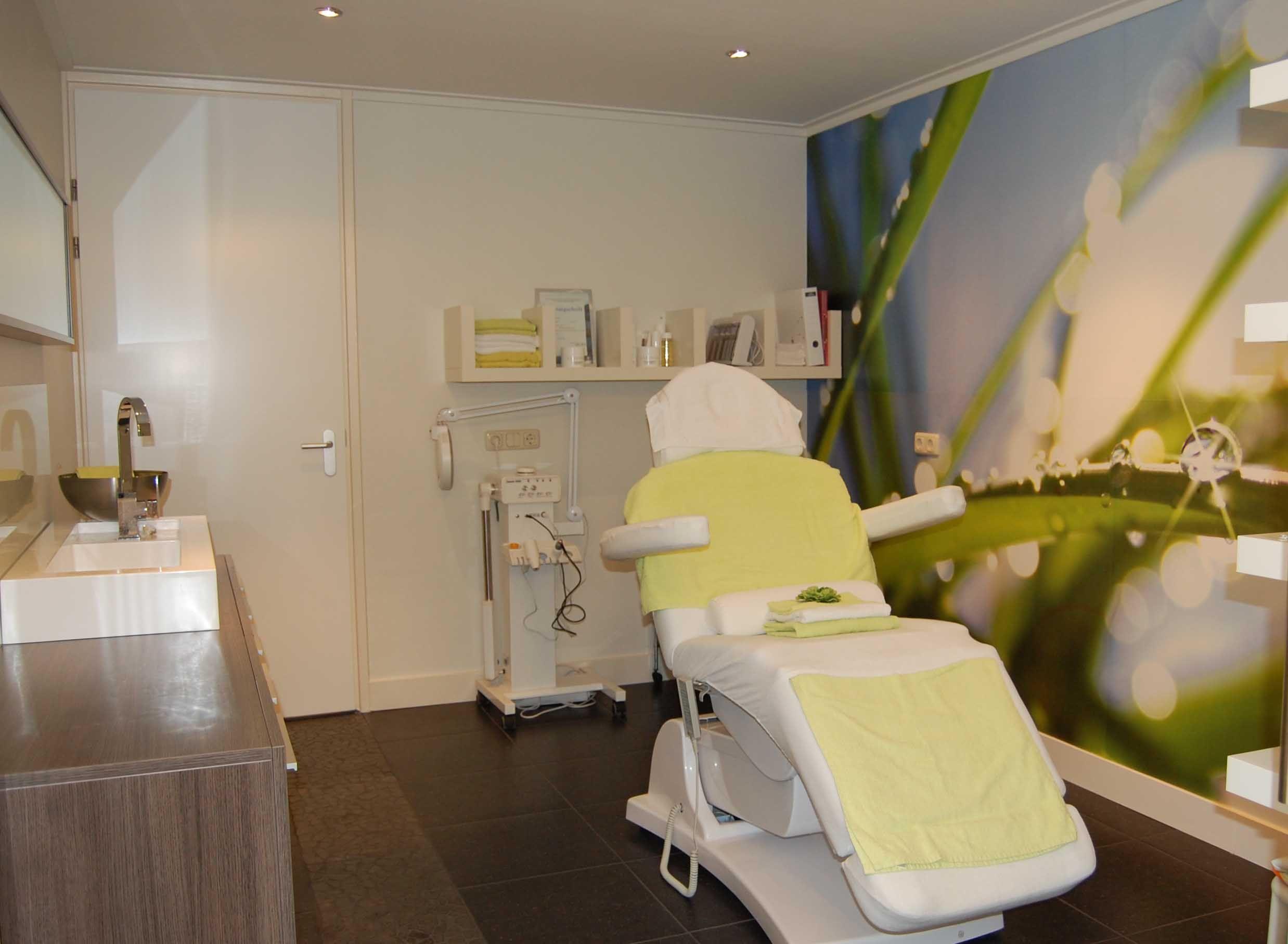 Salon Inrichting Meubels : Schoonheidssalon inrichting envy beauty concept rotterdam inline