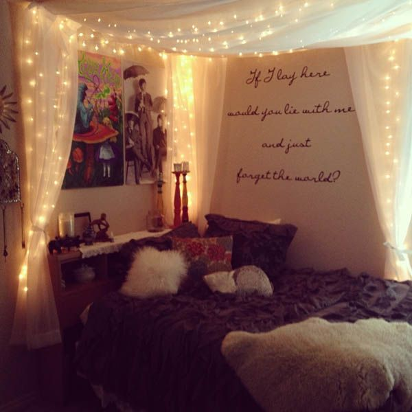 66 Inspiring ideas for Christmas lights in the bedroom Room - bedroom theme ideas