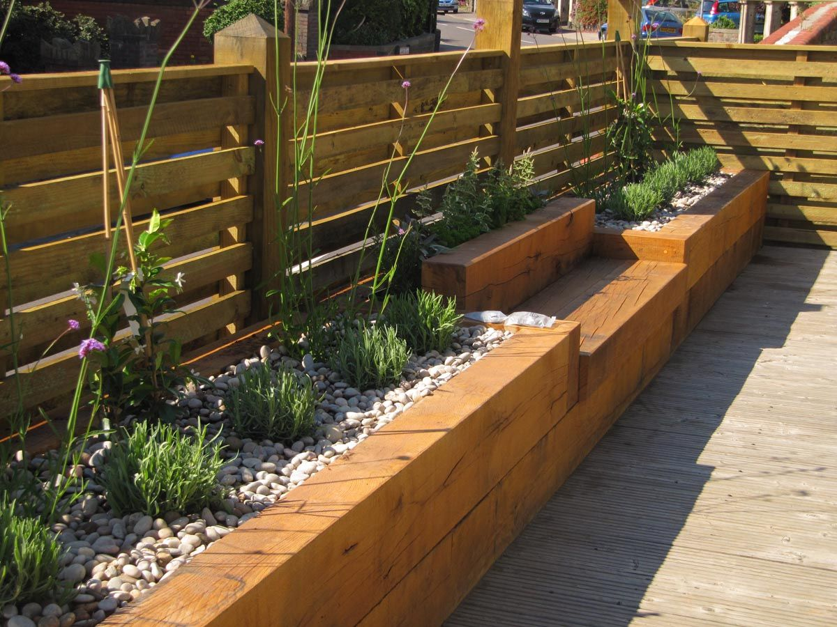 Garden fetching garden design ideas and backyard decoration with rectangular brick raised bed garden and solid beam garden fence