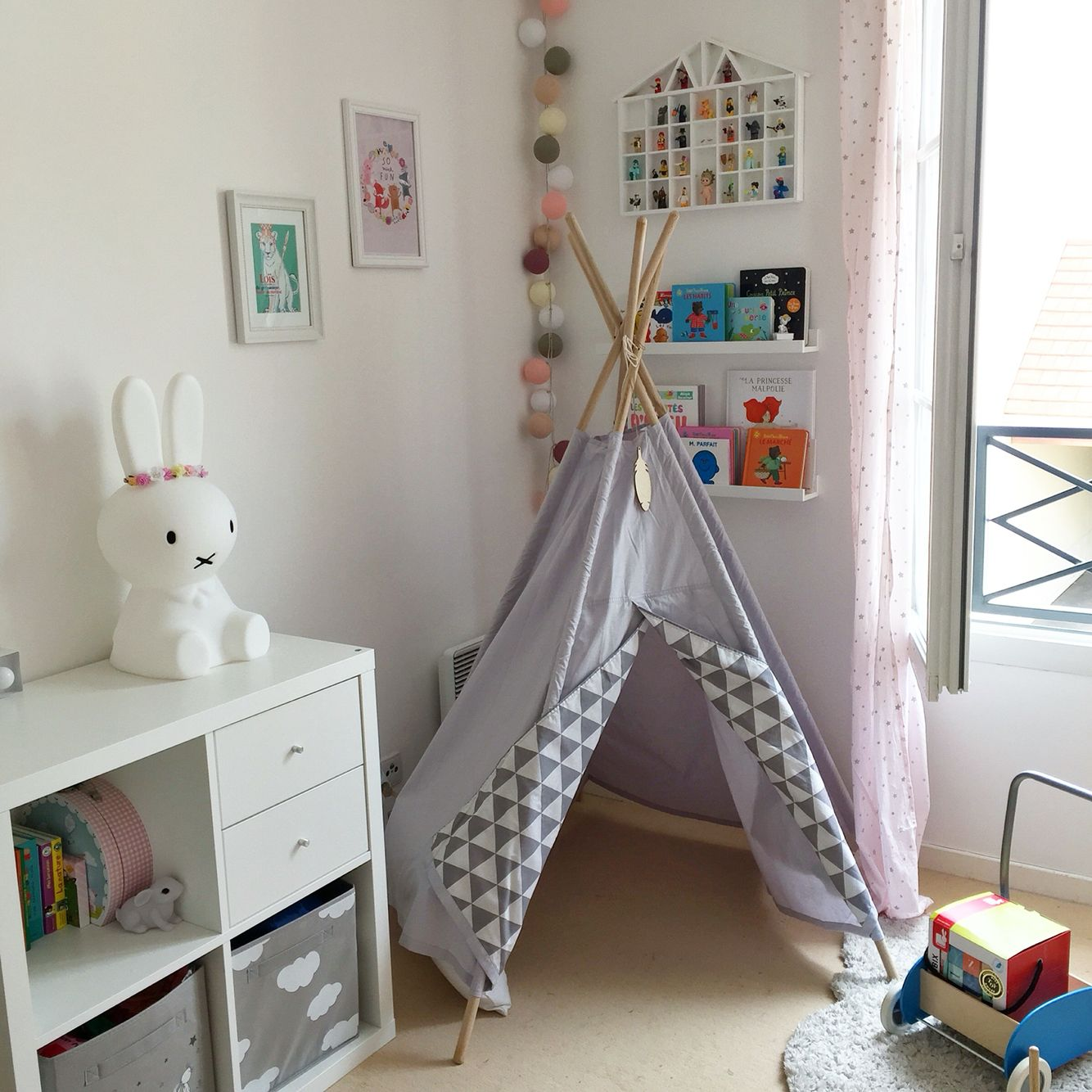 Cuisine Nomade Ikea Chambre Bb Fille Ikea Awesome Une Belle Chambre De Bb Nos