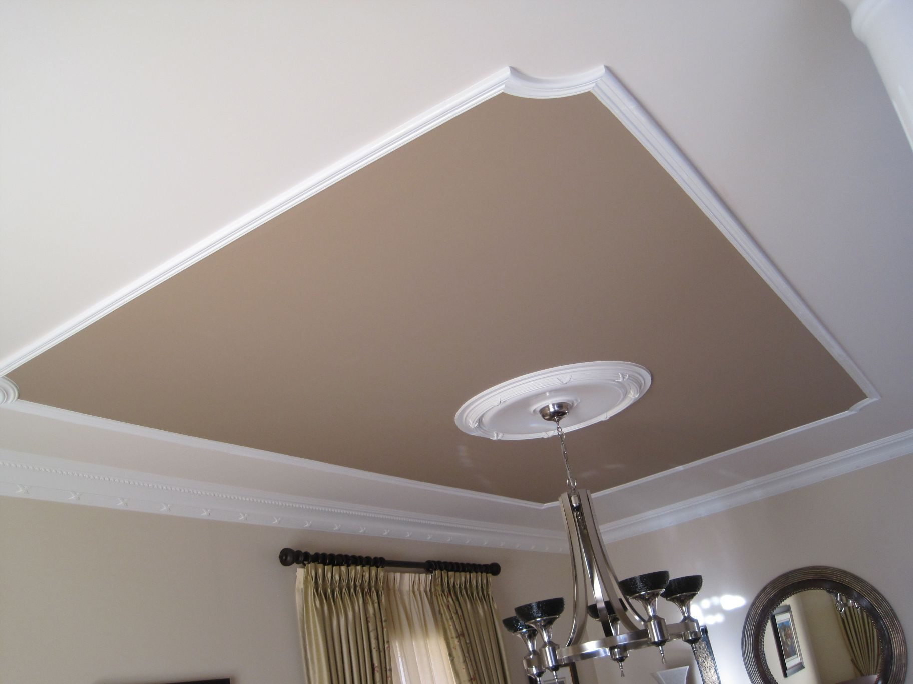 Bedroom Ceiling Moulding Baseboard Used On Ceiling And Moulding On Ceiling Here