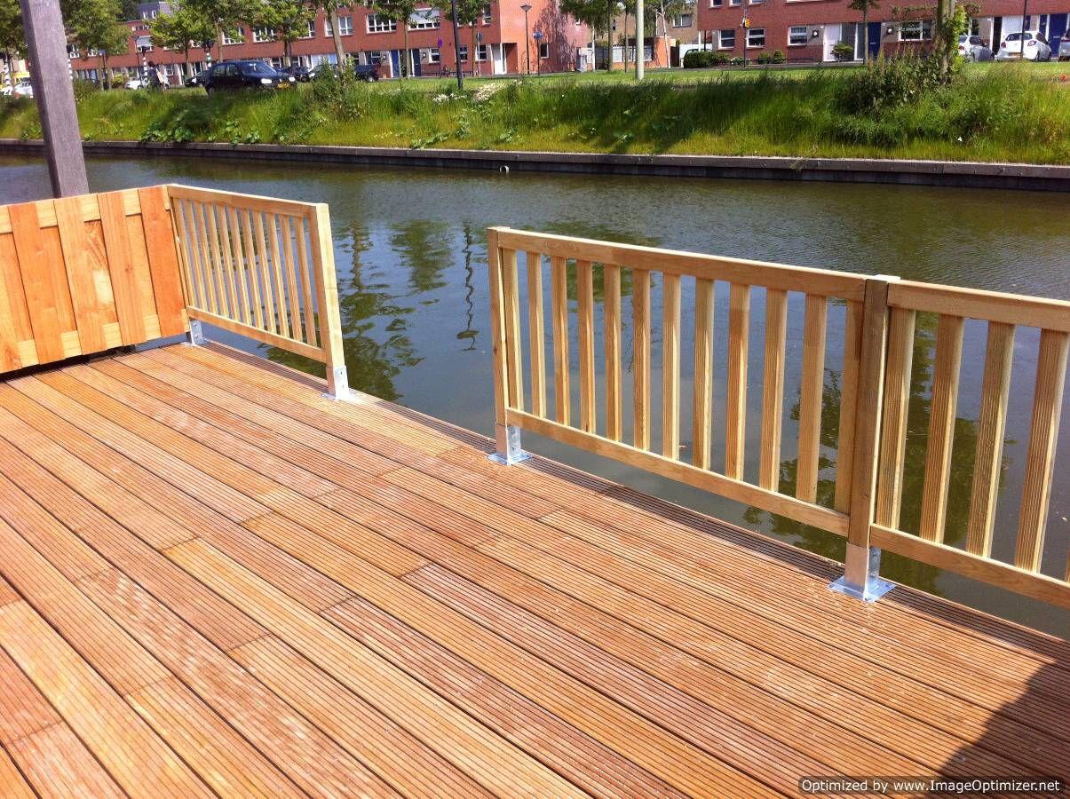 Houten Hekwerk Tuin : Houten hek maken god is in de stilte gewriemel op een houten hek