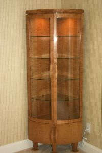 Corner Curio Cabinet | ANTIQUE CURIO CABINET ...