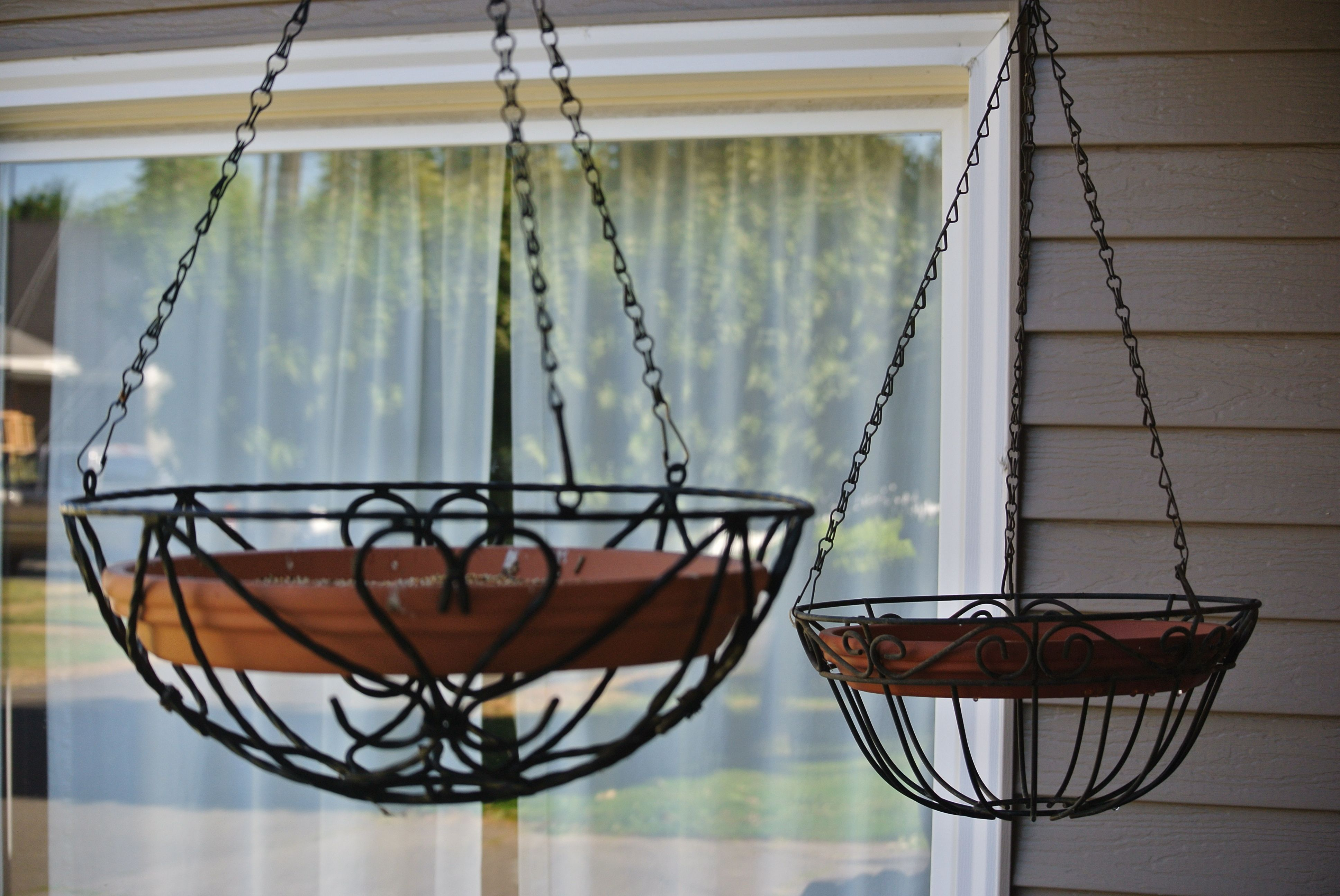 Diy Bird Feeder Cage Diy Bird Feeder And Bird Bath Take Hanging Baskets And Put