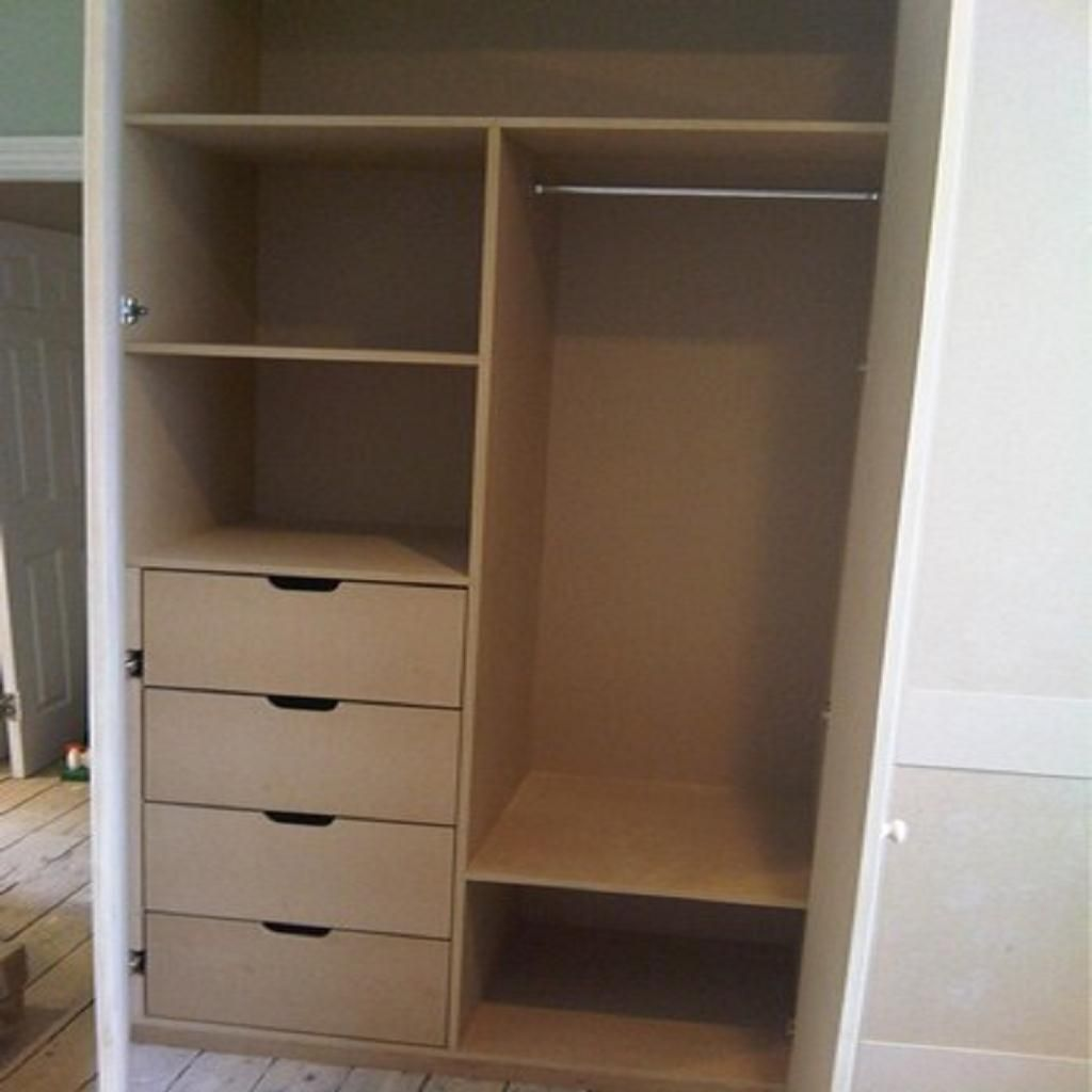 Build In Wardrobe Built In Wardrobe With Hanging Rail Fitted Wardrobe