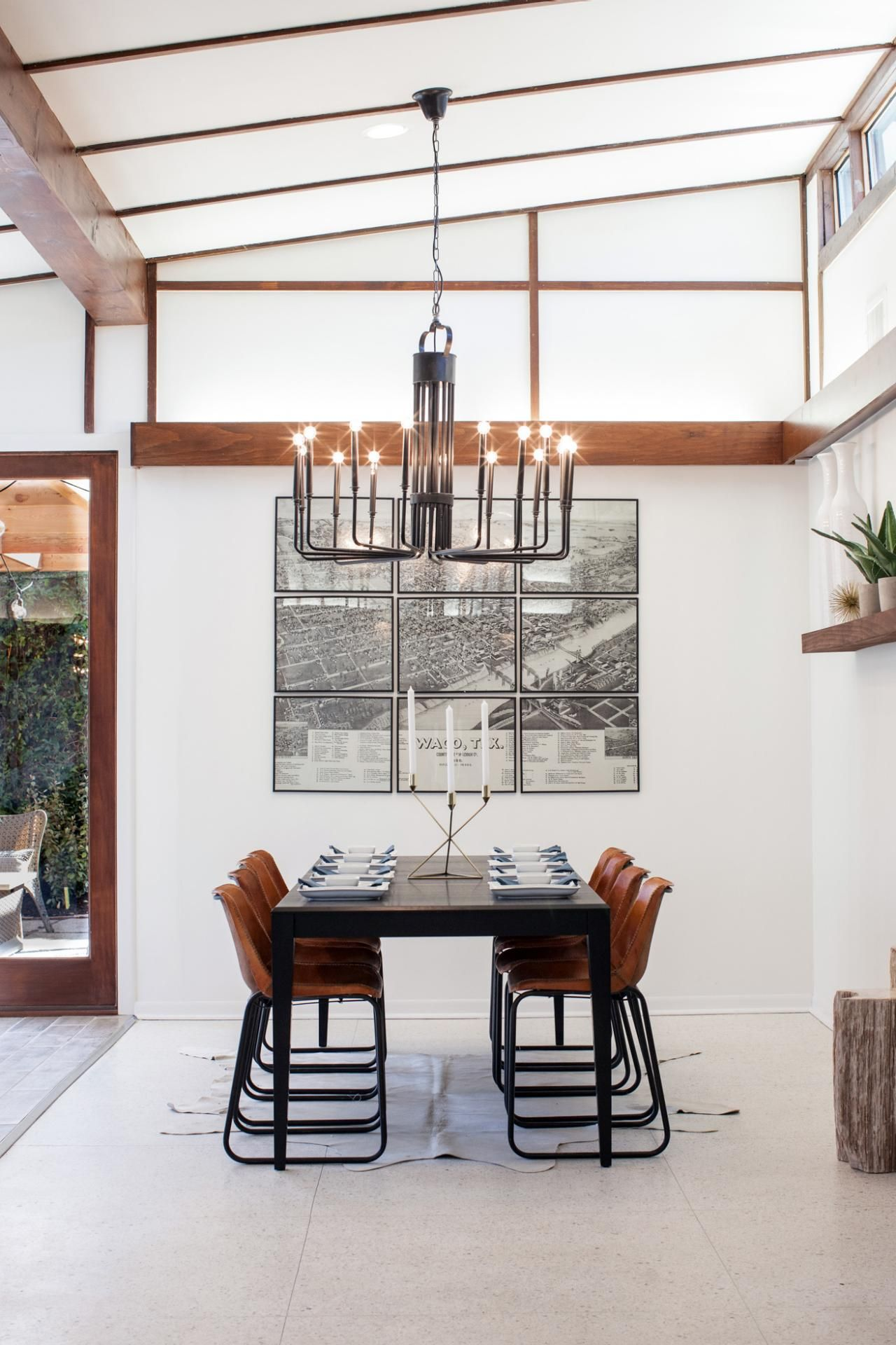 Joanna Gaines Farmhouse Dining Room A Fixer Upper Take On Midcentury Modern Hgtv Midcentury