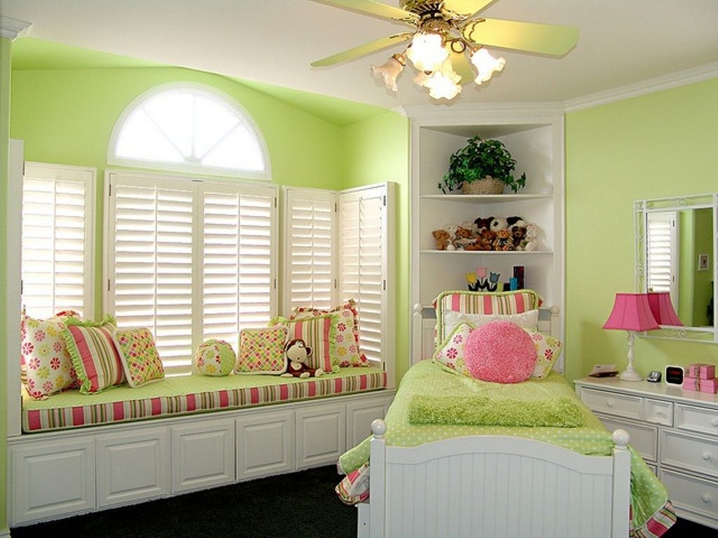 Pink and green rooms cute pink and green bedroom