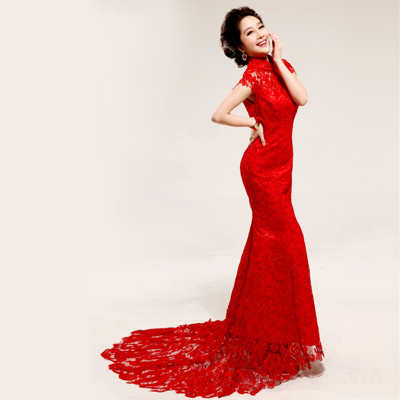 wedding dresses with red Red Lace Wedding Dress X Disclaimer We do not own any of these pictures graphics All the images are not under