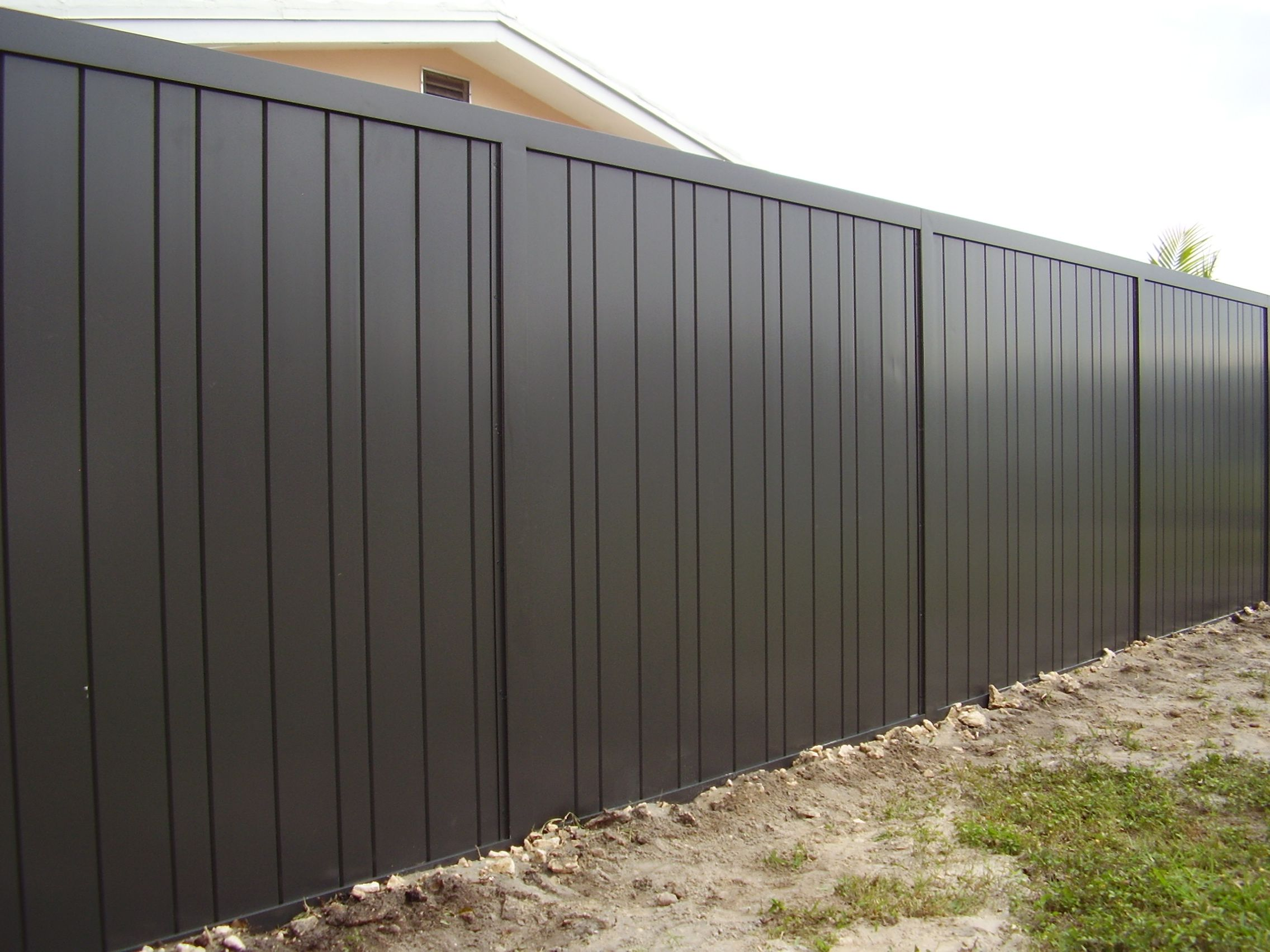 Modern Metal Fence Panels Aluminum Privacy Fencing Google Search Homey Ideas