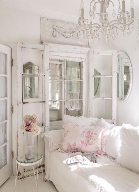 05 French style shabby chic living room - Shelterness home - french style living room