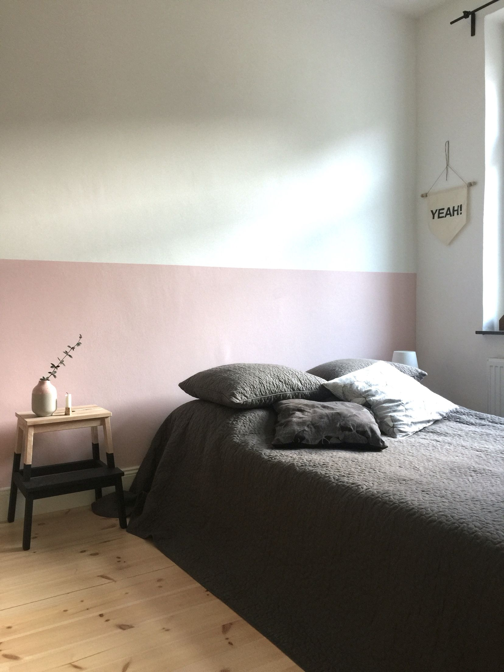Schlafzimmer Modern Pink Half Painted Light Pink Wall In My Bedroom Www