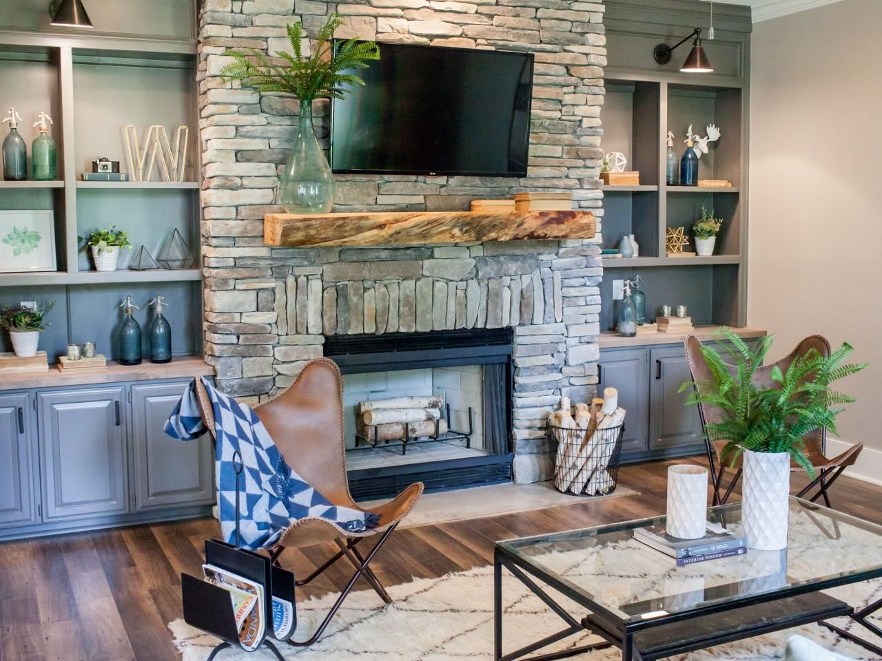 Joanna Gaines Farmhouse Mantel Find The Best Of Hgtv 39s Fixer Upper With Chip And Joanna