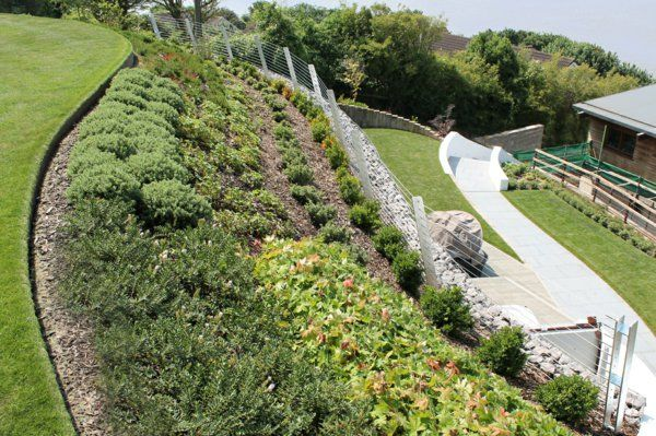 Garten am Hang anlegen und schöne Hangbeete bepflanzen Haus - garten am hang