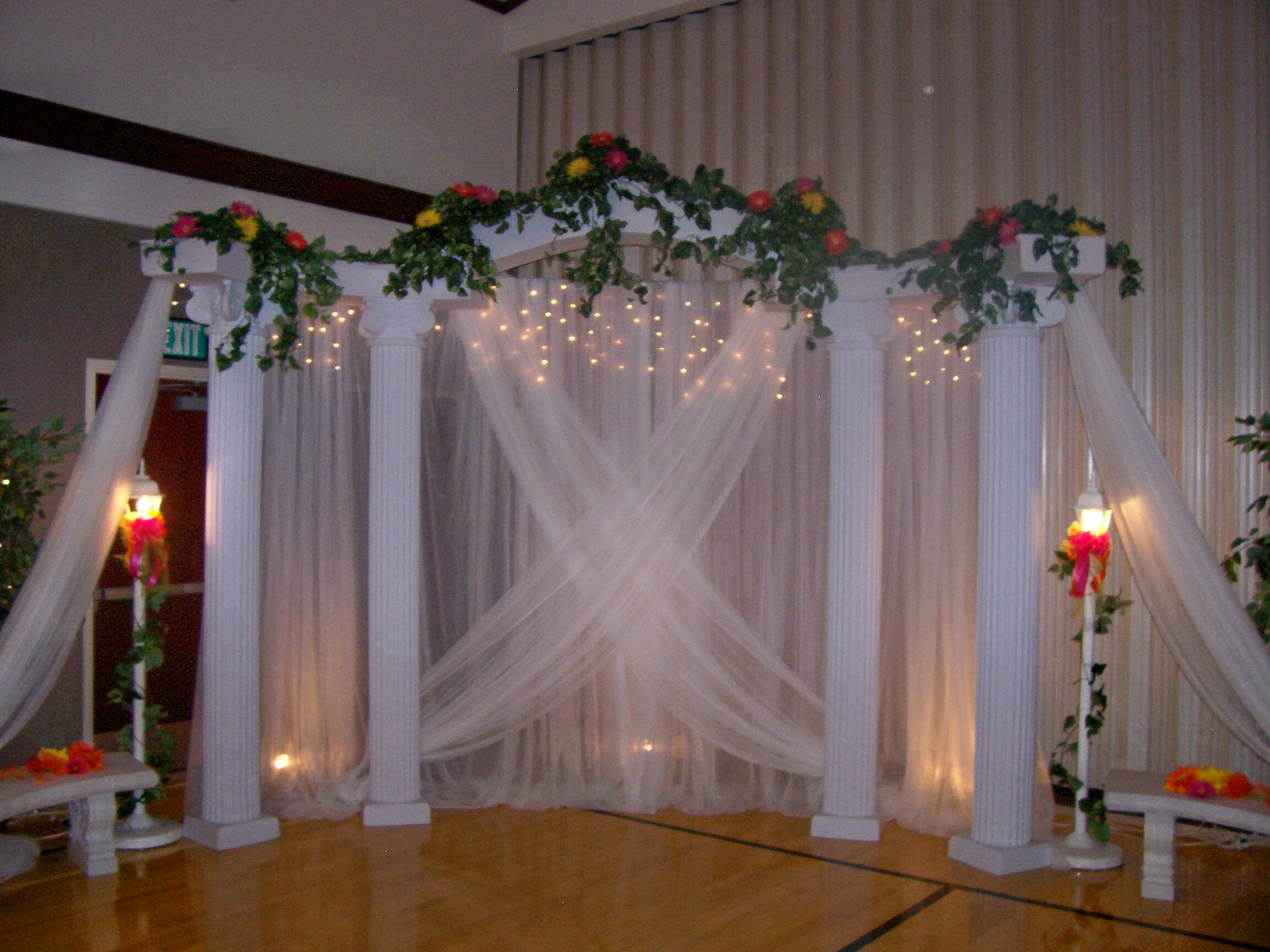 Diy Wedding Backdrop With Lights Pic Of Wedding Columns Backdrops Cake Classic