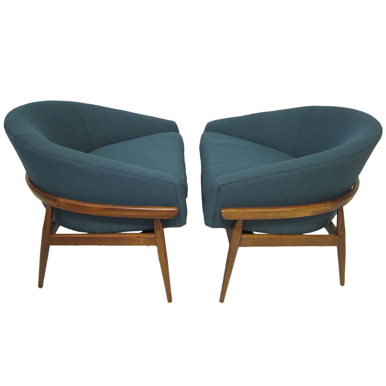 Amazing pair of milo baughman wide barrel back lounge chairs mid century modern