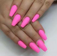 hot pink or bubble gum pink | Nails | Pinterest | Bubble ...